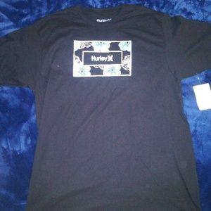 Hurley crew neck t-shirt size